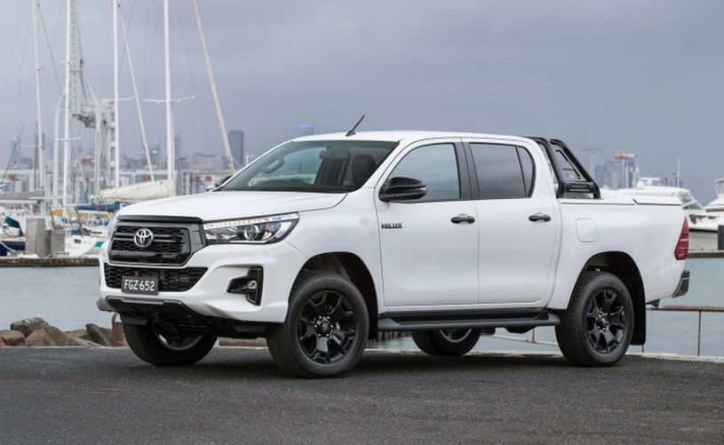 Toyota Hilux Rogue /