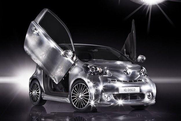 Toyota iQ disco /