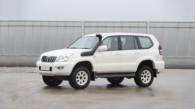 Toyota Land Cruiser 120 /Motor