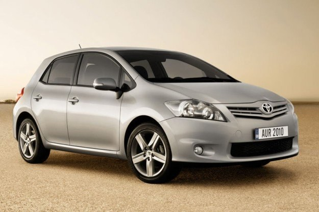 Toyota ma opinię producenta aut dla starszych panów /