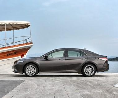 Toyota obniża ceny hybryd