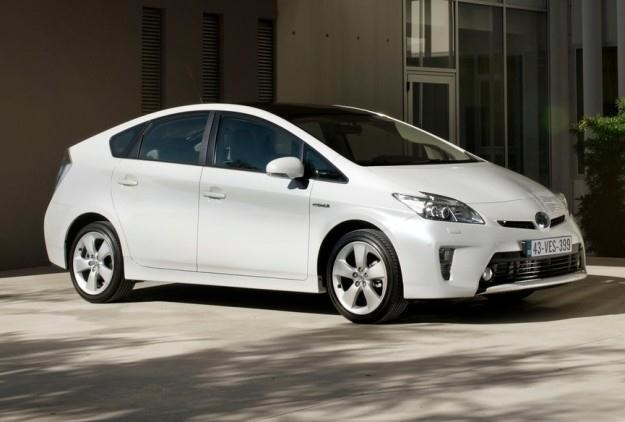 Toyota Prius cieszy się coraz większym powodzeniem /