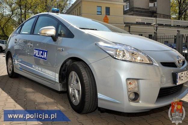 Toyota prius plug-in /Policja