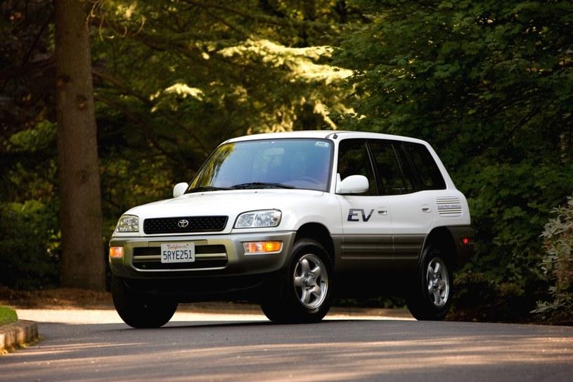 Toyota RAV4 EV /