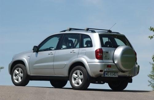 Toyota RAV4 II z silnikami 2.0 VVT-i, 2.0 D-4D (2000-2005) /Motor