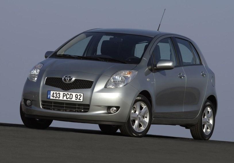 Toyota Yaris II /