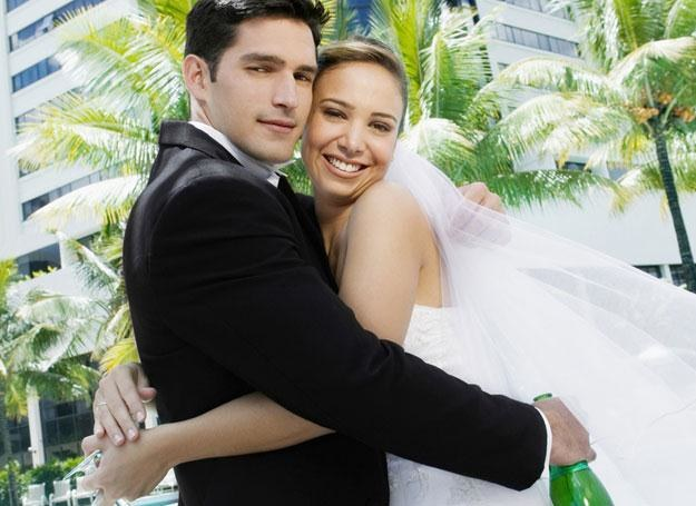 Tradycyjna ceremonia czy szalony ślub? /© Panthermedia