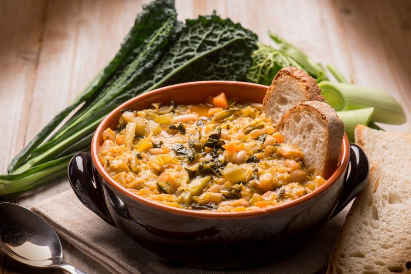 Tradycyjna, rodzinna a zarazem wyrafinowana, pełna niezwykłych smaków i aromatów – oto kuchnia Toskanii /123RF/PICSEL