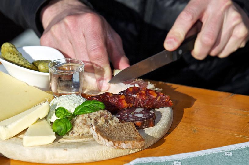 Tradycyjne dania regionu zaspokoją najbardziej wymagające gusta gości z Polski /fot. Steinthaler/Kärnten Werbung /&nbsp