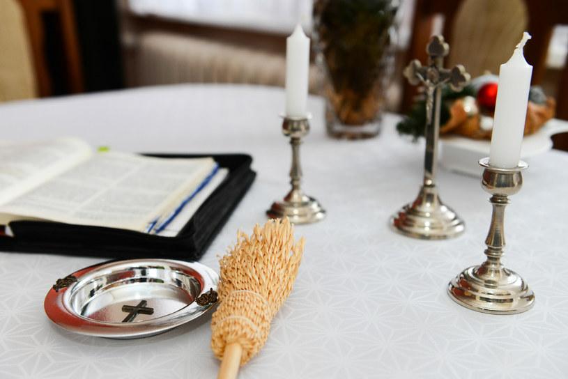 Tradycyjnie kolęda odbywa się w większości miejsc w Polsce po Bożym Narodzeniu /Adam Staskiewicz/ /East News