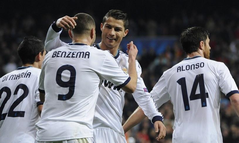 Trafia do siatki Cristiano Ronaldo, trafia Karim Benzema, czyli w Realu Madryt wszystko się zgadza. /AFP
