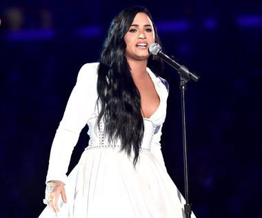 """Tragedia, której nikt nie przewidział. Czego dowiedzieliśmy się po premierze """"Demi Lovato: Dancing With The Devil""""?"""