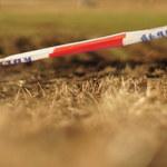 Tragedia w Jarocinie. W mieszkaniu znaleziono martwego mężczyznę i umierającą kobietę