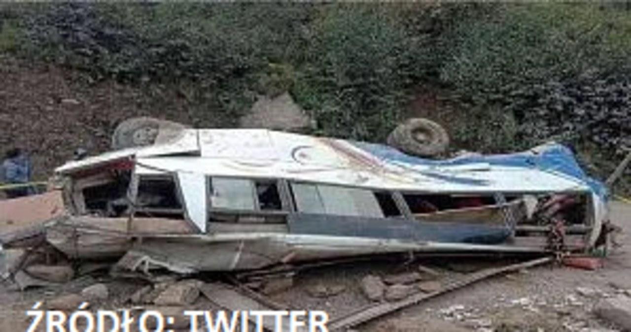 Tragedia w Nepalu. Autobus spadł w przepaść, zginęło ponad 30 osób