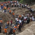 Tragiczny bilans lawiny ziemnej. Zginęło 266 osób