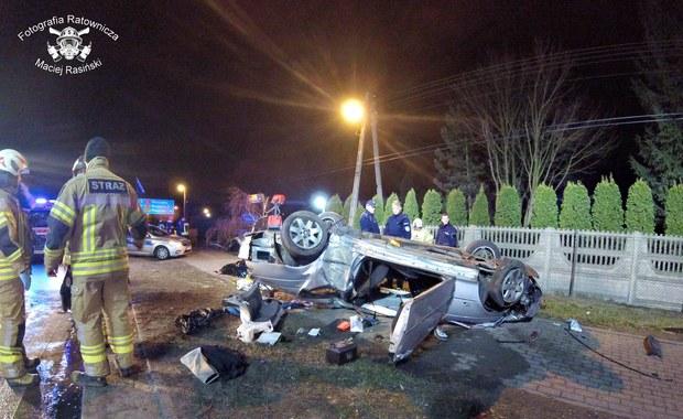 Tragiczny finał policyjnego pościgu pod Warszawą. Nie żyją dwie osoby