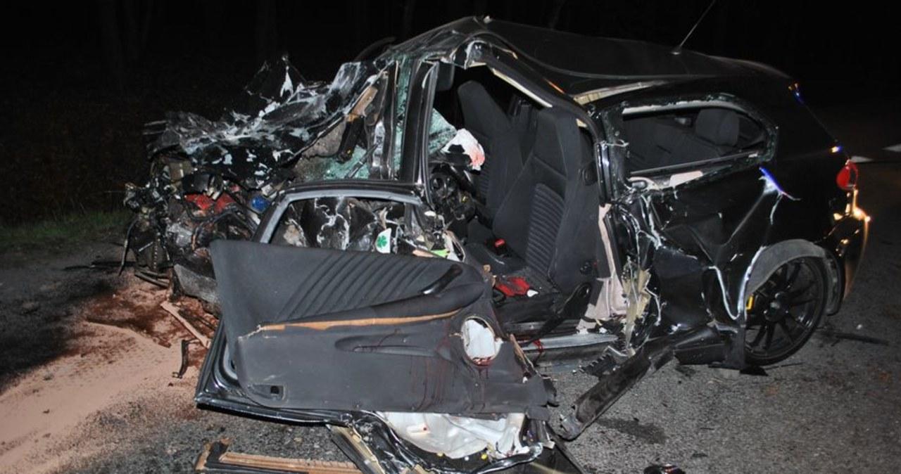 Tragiczny weekend na śląskich drogach. Zginęło 7 osób, w tym 10-letnia dziewczynka