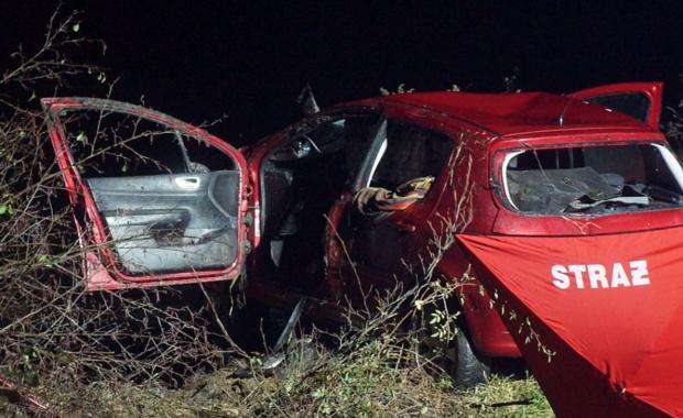 Tragiczny wypadek k. Puław. W Kolonii Opatkowicach zginęły trzy młode osoby