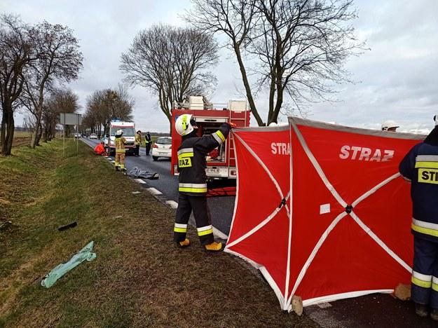 Tragiczny wypadek na drodze w Sierpcu /Mazowiecka Straż Pożarna/Twitter /