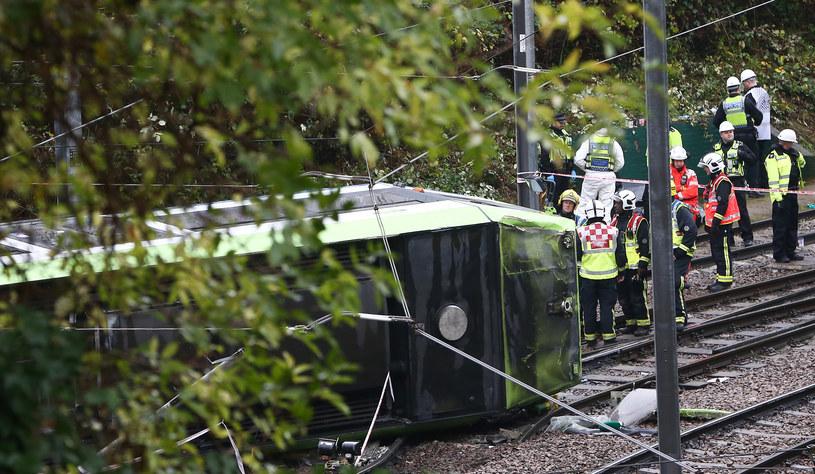 Tragiczny wypadek tramwaju na południu Londynu /REUTERS/Neil Hall /Agencja FORUM