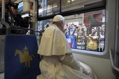 Tram Del Papa. Franciszek w drodze na krakowskie Błonia