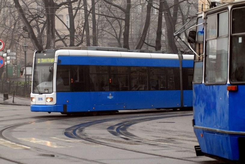 Tramwaje wypadają z torów w Krakowie /Marek Lasyk  /Reporter