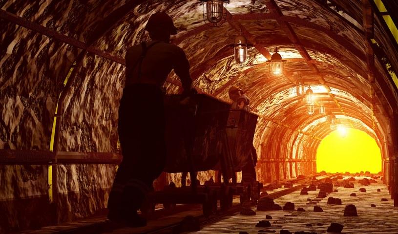 Transformacja energetyczna, do której na poważnie zabieramy się w Polsce, pozostawi za sobą poszkodowanych. Będą to górnicy i osoby związane z sektorem wydobywczym /123RF/PICSEL