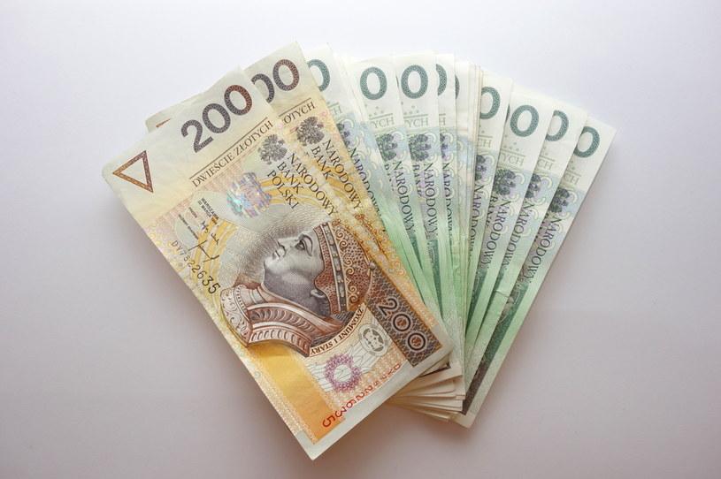 Transformacja OFE to poważna operacja, w której chodzi o 160 mld zł zgromadzonych na rachunkach ponad 15 mln Polaków /123RF/PICSEL