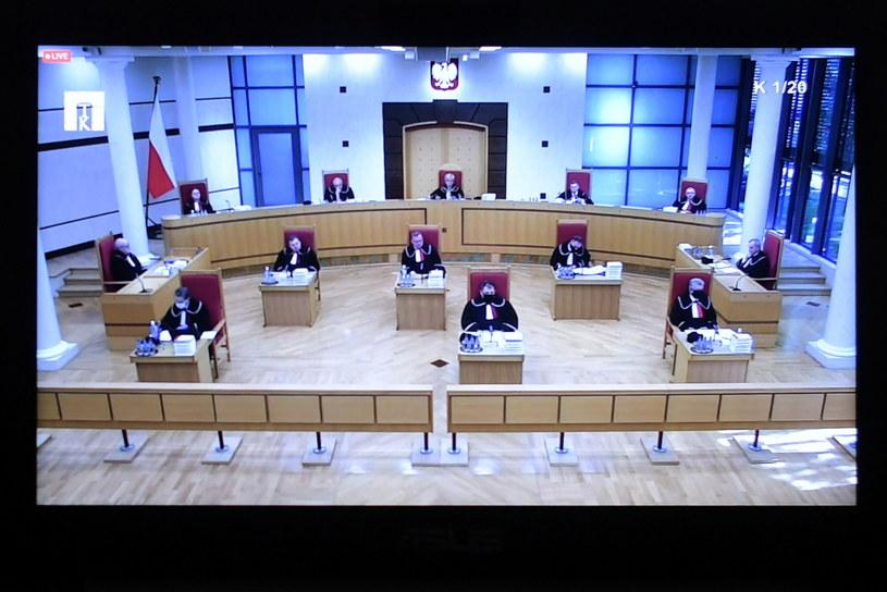 Transmisja z posiedzenia Trybunału Konstytucyjnego w Warszawie (22.10.2020) / Marcin Obara  /PAP