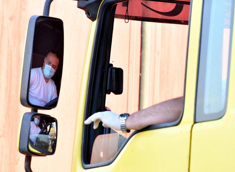 Transport i Logistyka Polska apeluje o nową formację mundurową /AFP