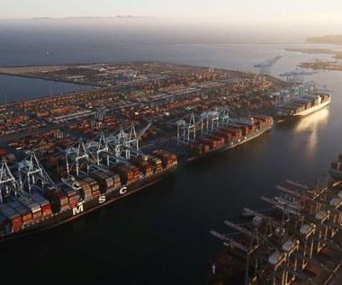 Transport kontenerowy czeka efekt domina