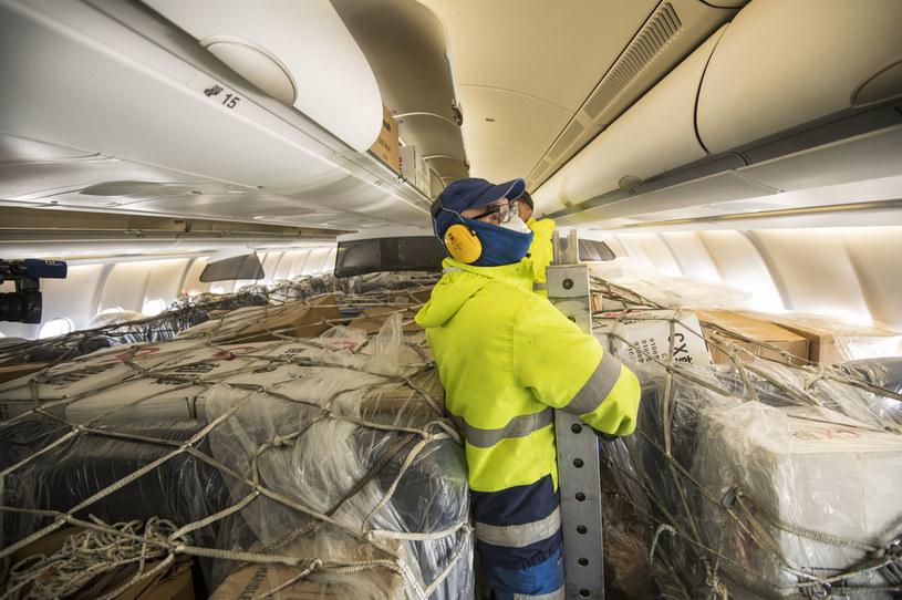 Transport wyrobów medycznych do Niemiec /Thomas Lohnes /Getty Images