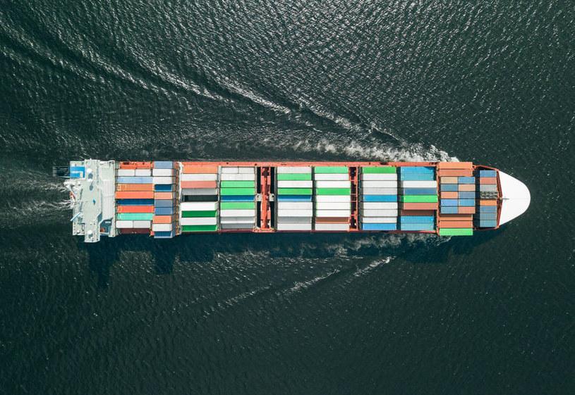 Transport z Chin droższy o 600 proc.! /123RF/PICSEL
