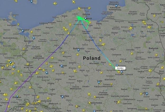 Trasa samolotu. Źródło: Flightradar24.com /