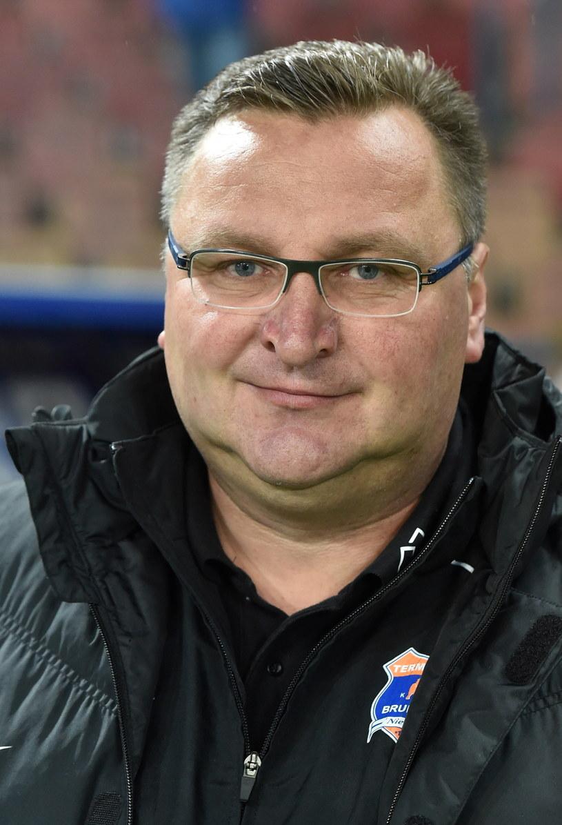 Trener Bruk-Bet Termaliki Nieciecza Czesław Michniewicz podczas meczu z Wisłą Kraków. /Jacek Bednarczyk /PAP