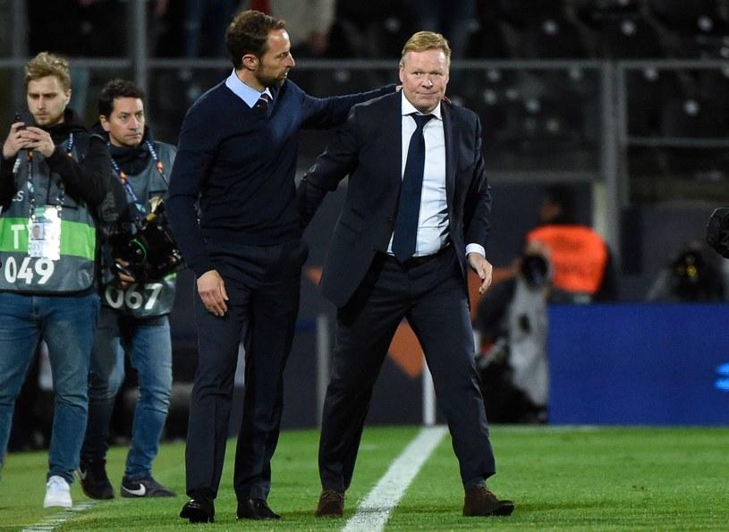 Trener Holendrów Ronald Koeman (z prawej) miał problemy z sercem. Z lewej trener Anglii Gareth Southgate /AFP