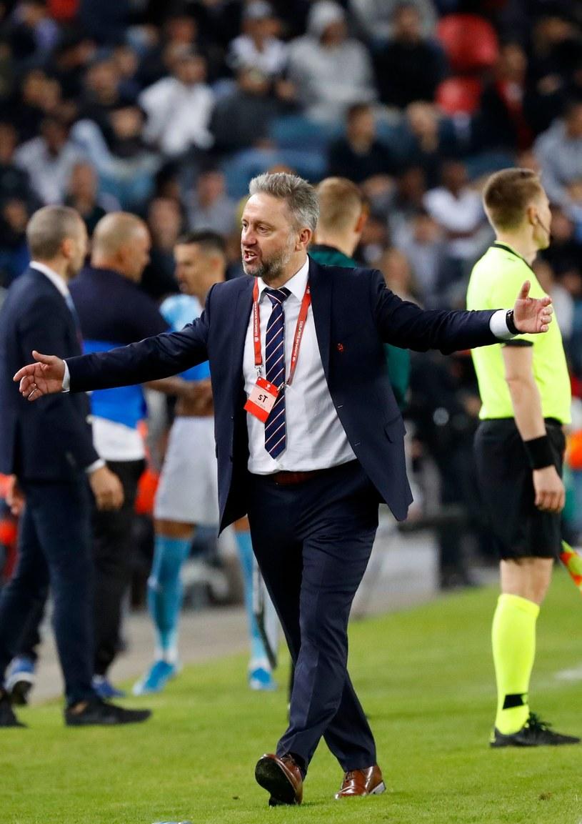 Trener Jerzy Brzęczek /AFP