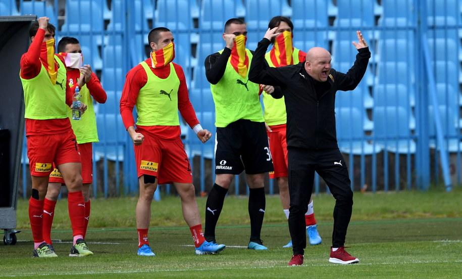Trener Korony Kielce Maciej Bartoszek podczas meczu piłkarskiej Ekstraklasy z Wisłą Płock /Piotr Nowak /PAP