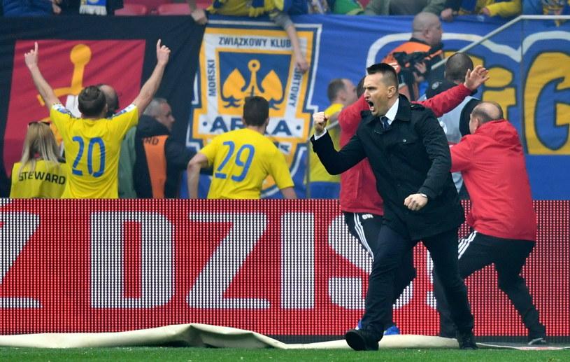 Trener Leszek Ojrzyński (P) w meczu z Lechem /Bartłomiej Zborowski /PAP