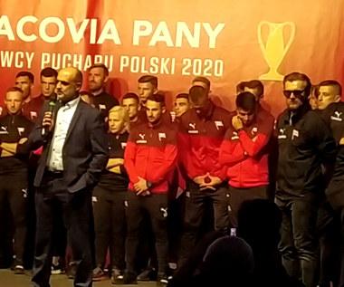 Trener Michał Probierz podczas spotkania z kibicami. Wideo