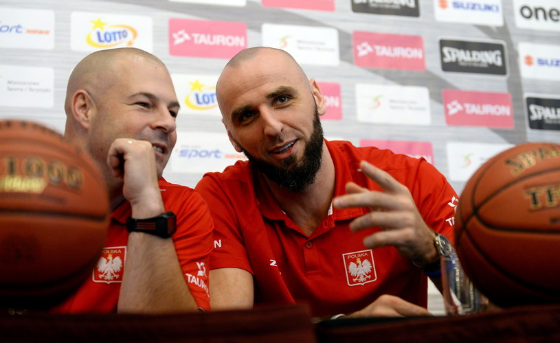 Trener Mike Taylor i Marcin Gortat /Bartłomiej Zborowski /PAP