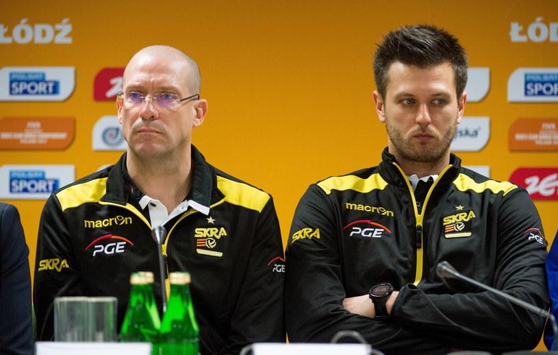 Trener PGE Skry Bełchatów Roberto Piazza i jego asystent Michał Winiarski /Fot. Grzegorz Michałowski /PAP