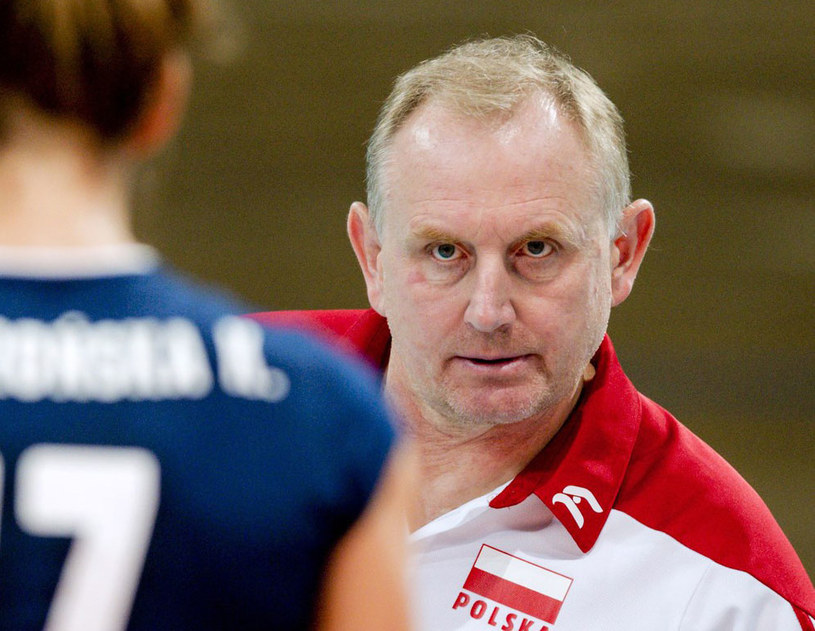 Trener polskich siatkarek Jacek Nawrocki /AFP
