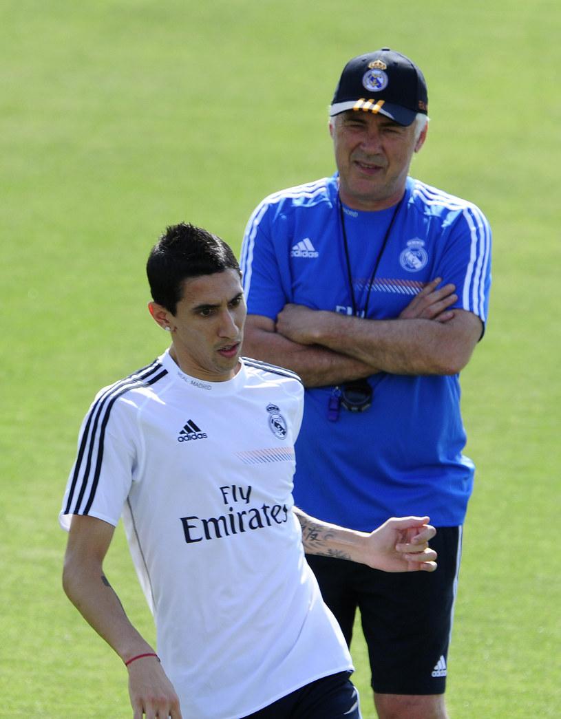 Trener Realu Madryt Carlo Ancelotti i Angel Di Maria /AFP