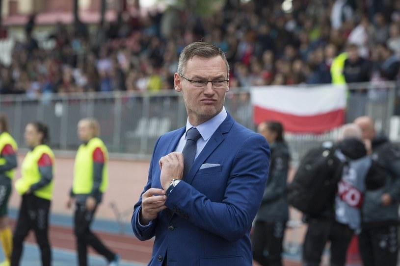 Trener reprezentacji Polski kobiet w piłce nożnej Miłosz Stępiński /Marek Maliszewski  /East News