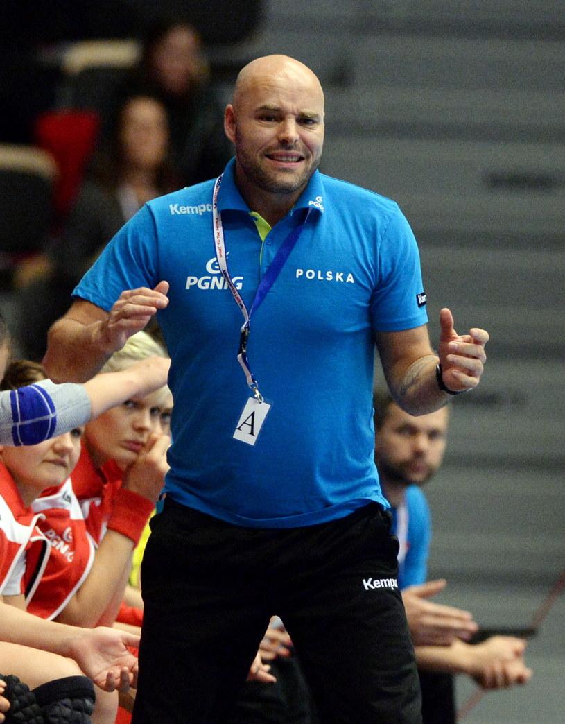 Trener reprezentacji Polski piłkarek ręcznych Kim Rasmussen /Fot. Marcin Bielecki /PAP