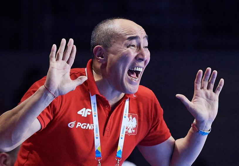 Trener reprezentacji Polski piłkarzy ręcznych Tałant Dujszebajew /Fot. Adam Warżawa /PAP