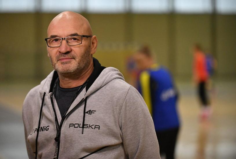 Trener reprezentacji Polski szczypiornistek Leszek Krowicki /Fot. Bartłomiej Zborowski /PAP