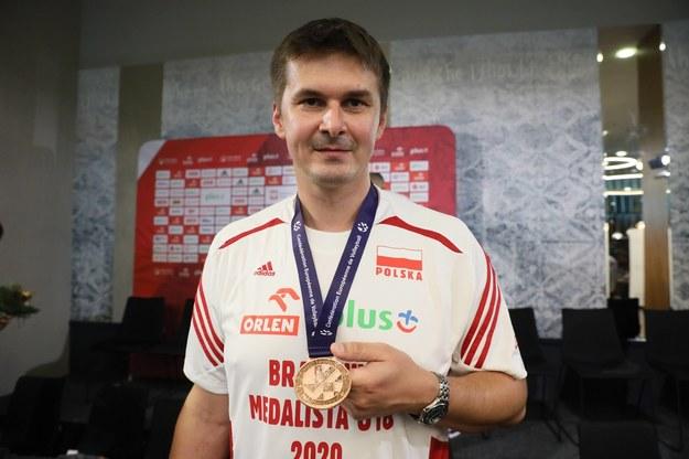 Trener reprezentacji Polski U-18 Michał Bąkiewicz podczas spotkania drużyny z dziennikarzami w Warszawie /Leszek Szymański /PAP