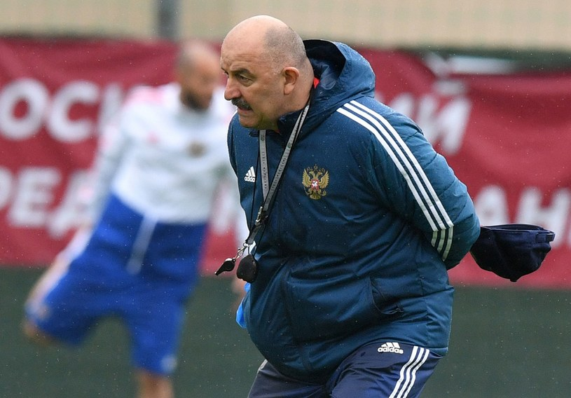 Trener reprezentacji Rosji Stanisław Czerczesow /AFP